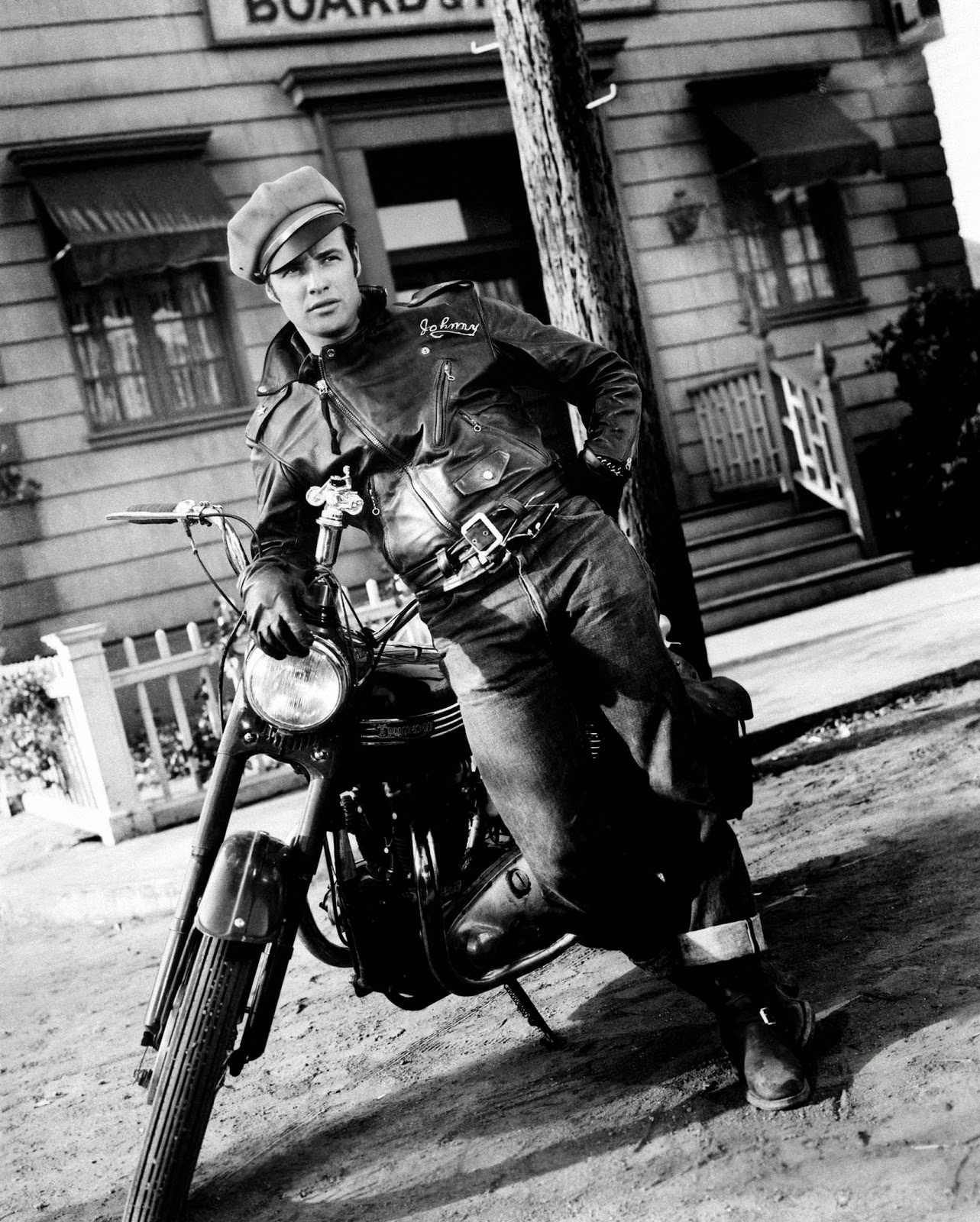 Vieilles photos (pour ceux qui aiment les anciennes photos de bikers ou autre......) - Page 2 The%2BGodfather%2Blm