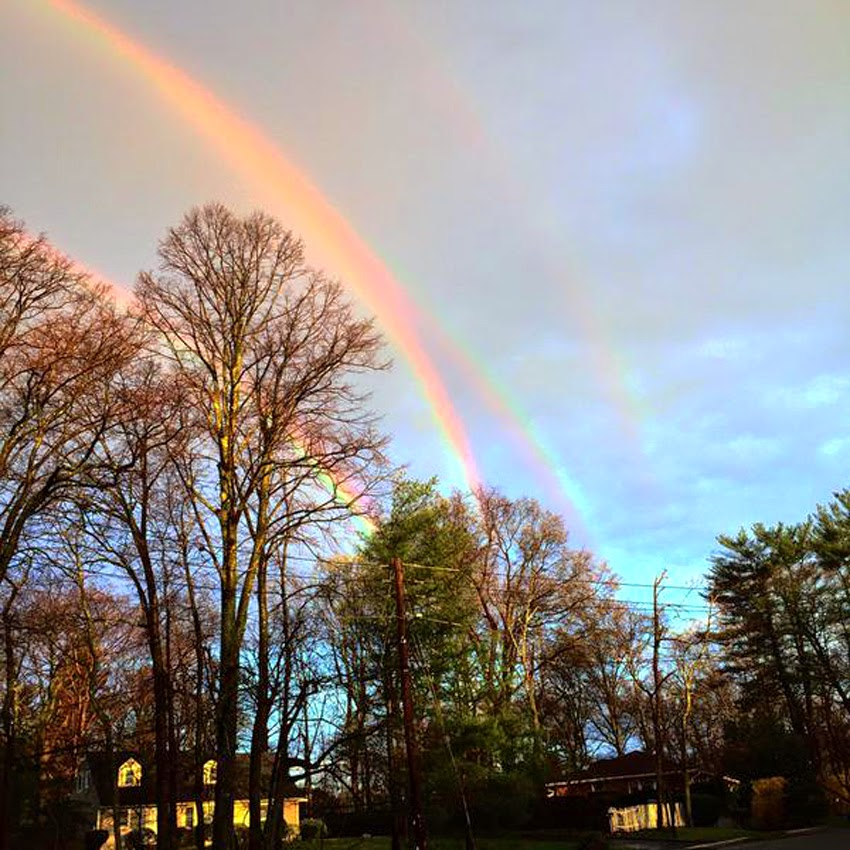 "WEATHER PHENOMENON: ""I Didn't Realize How Rare It Was,... It Was Beautiful"" - QUADRUPLE RAINBOWS Spotted On Long Island, New York! [PHOTOS] Quadruple_rainbows02"