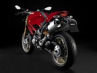 Tipos de Carnet de Moto en España 2009-Ducati-Monster-1100S-rear