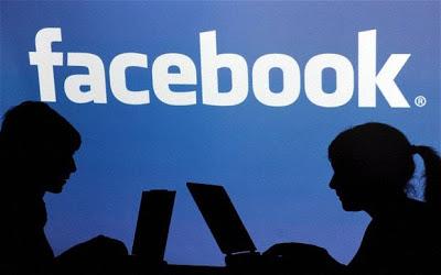 النساء أكثر إدماناً على  الفيسبوك 3