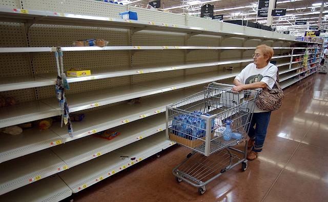 approvisionnez- vous pour le crash financier  Empty-Shelves