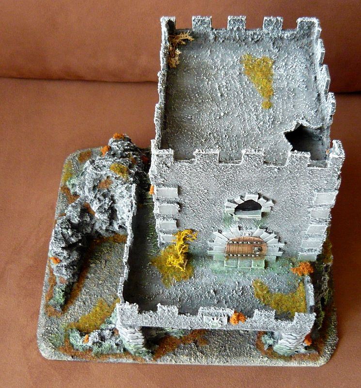 Dwalthrim's smithy - my table and terrain Dt10