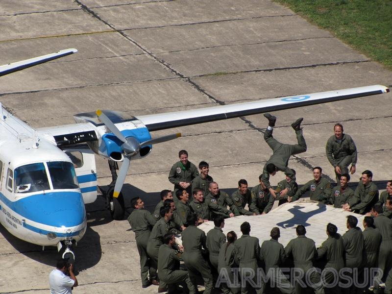 Busca convertirse en la cuarta mujer piloto militar de la Fuerza Aérea IMG_9578