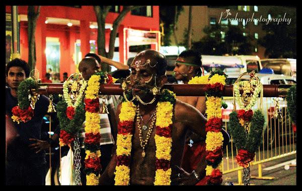 சிங்கப்பூர் தைப்பூசம் 2012 (புகைப்படங்கள்)-பகுதி-2 IMG_5334-1