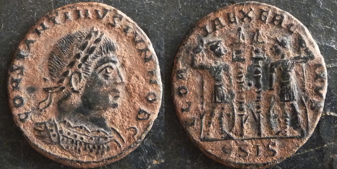 AE4 Familia Constantiniana 9