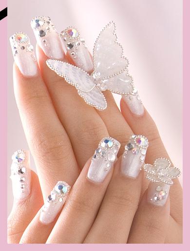 >> IMAGENES ENCADENADAS << - Página 17 Manicure-novias-manos-novia