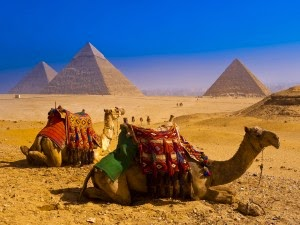 Mind-Altering facts about the Great Pyramid at Giza that still have no explanation  Pyramids-300x225