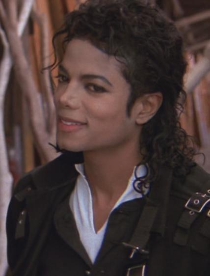 A foto do dia - Página 9 MJ-michael-jackson-8708413-428-562%255B1%255D