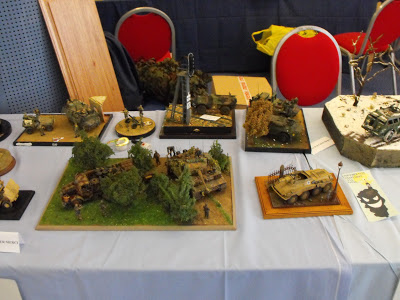 Maquettexpo : La table de Kitmaquettes DSCF2223