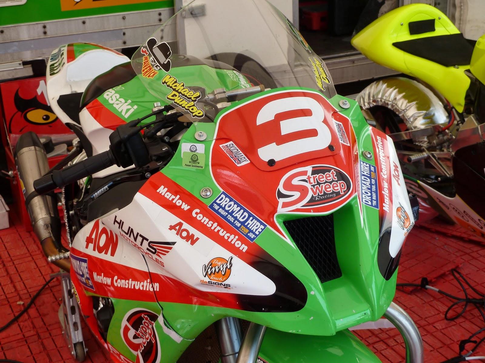 Kawasaki ZX10R 2011  - Page 43 Cookstown%2B015