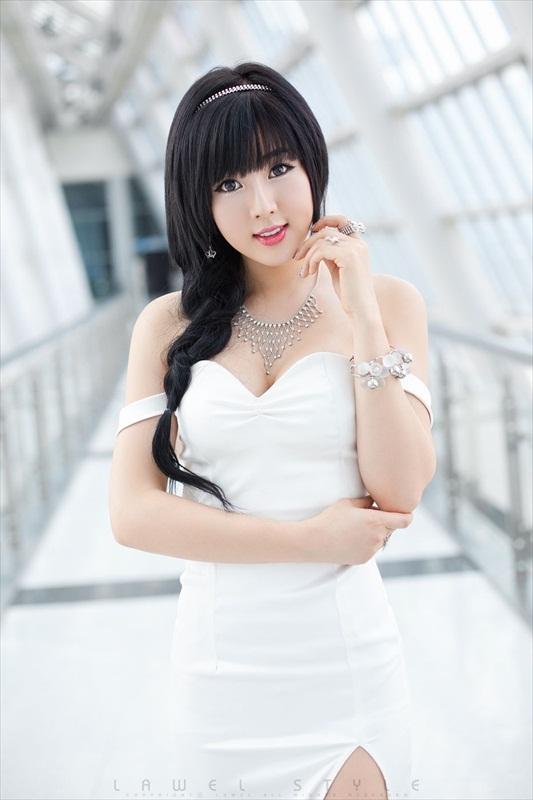Hwang Mi Hee – Xinh không đỡ nổi Hwang_Mi_Hee_200912_35