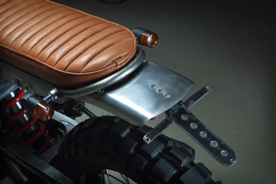 Otra Honda Dominator muy especial.... Honda-NX650-custom-scrambler-kiddo-motors-7