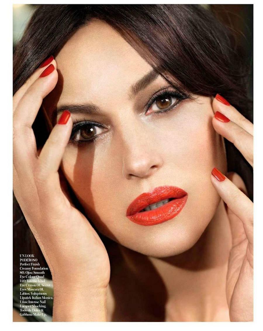 Monica Bellucci Monica-Bellucci-Vogue-Spain-4
