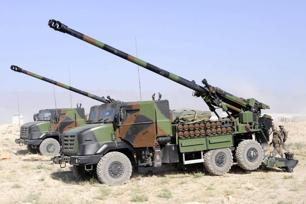 2S35 Koalitsiya-SV 152mm - Page 15 Caesar155mmatpadtisaf%5B1%5D