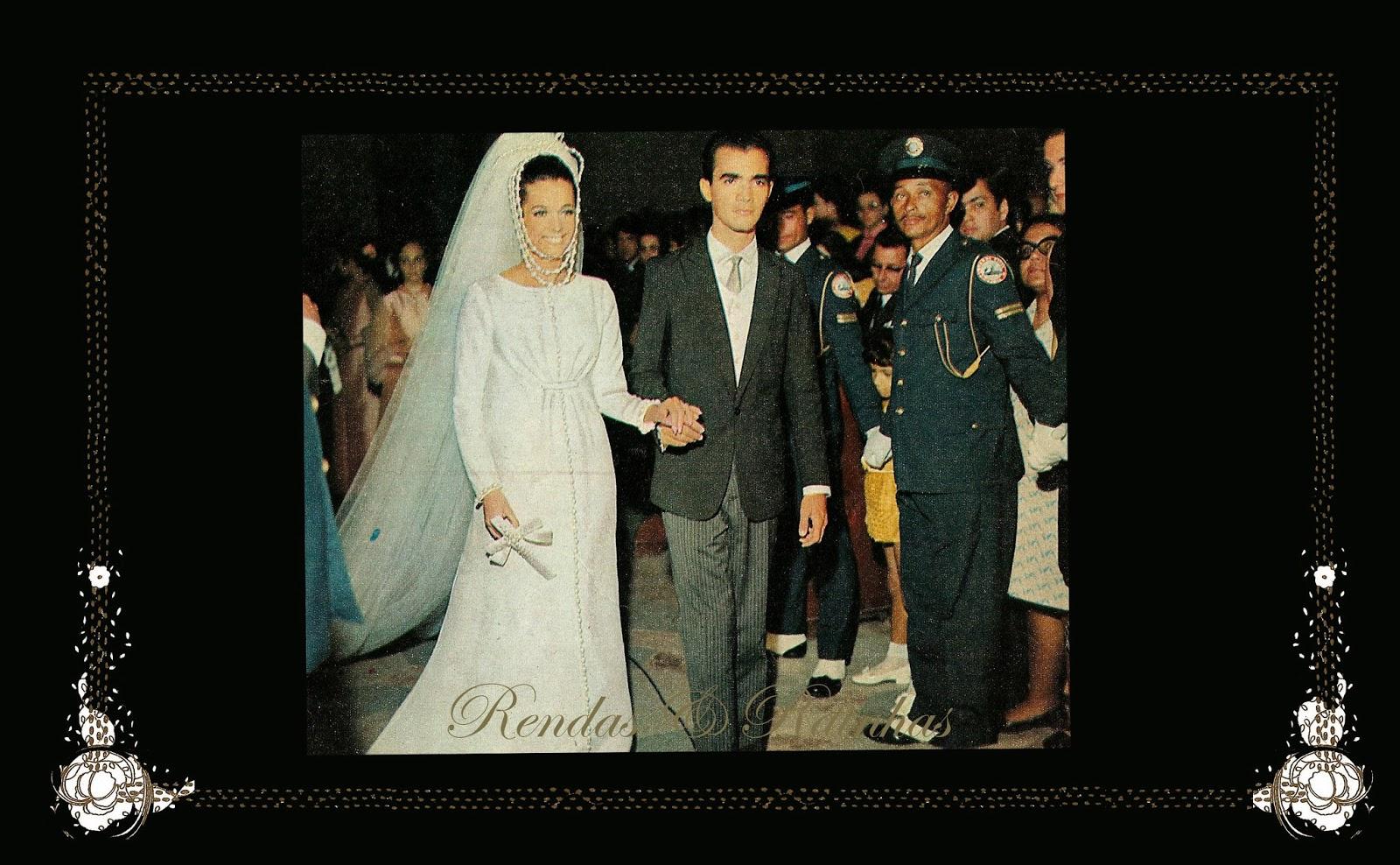 ☽ ✮ ✯ ✰ ☆ ☁ Galeria de Martha Vasconcelos, Miss Universe 1968.☽ ✮ ✯ ✰ ☆ ☁ - Página 2 Iiiuir