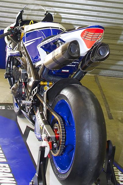 Machines de courses ( Race bikes ) - Page 12 R1-GMT-MNM5