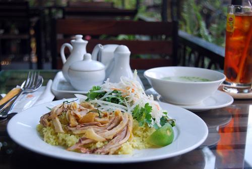 Ăn Cơm Việt Nam CM7