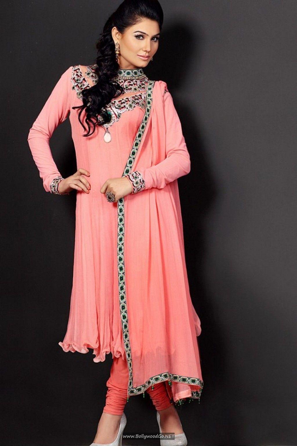 Kangana Sharma Hot Images in Shalwar Qameez Kangana-Sharma-Hot-Images-6