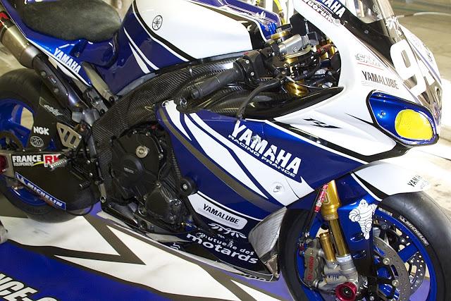 Machines de courses ( Race bikes ) - Page 12 R1-GMT-MNM4