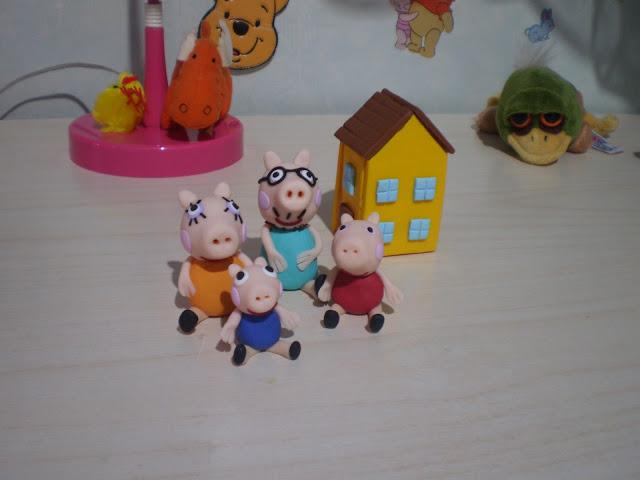 Personaggi dei cartoni cake topper e calamite peppa pig P6250698