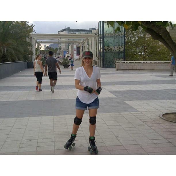 Redes sociales » @Shakira - Página 6 1174661_10151930412344560_179339693_n