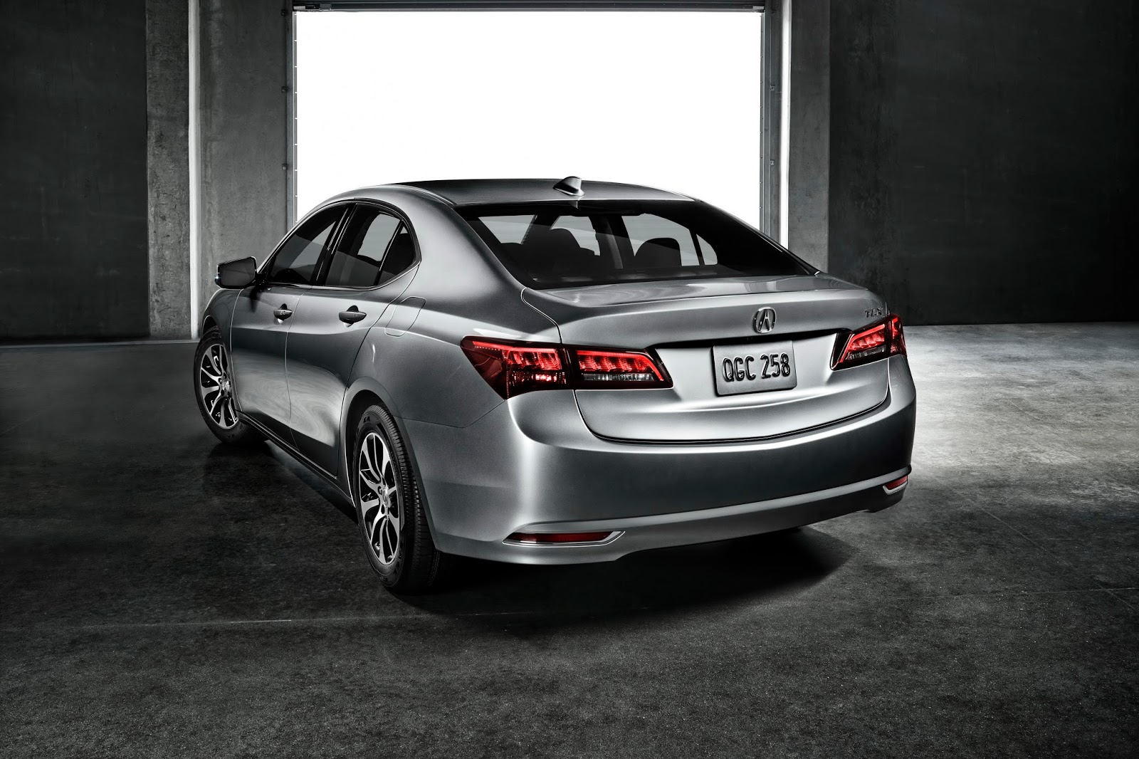 2014 - [Acura] TLX - Page 2 Acura-2015-TLX-2