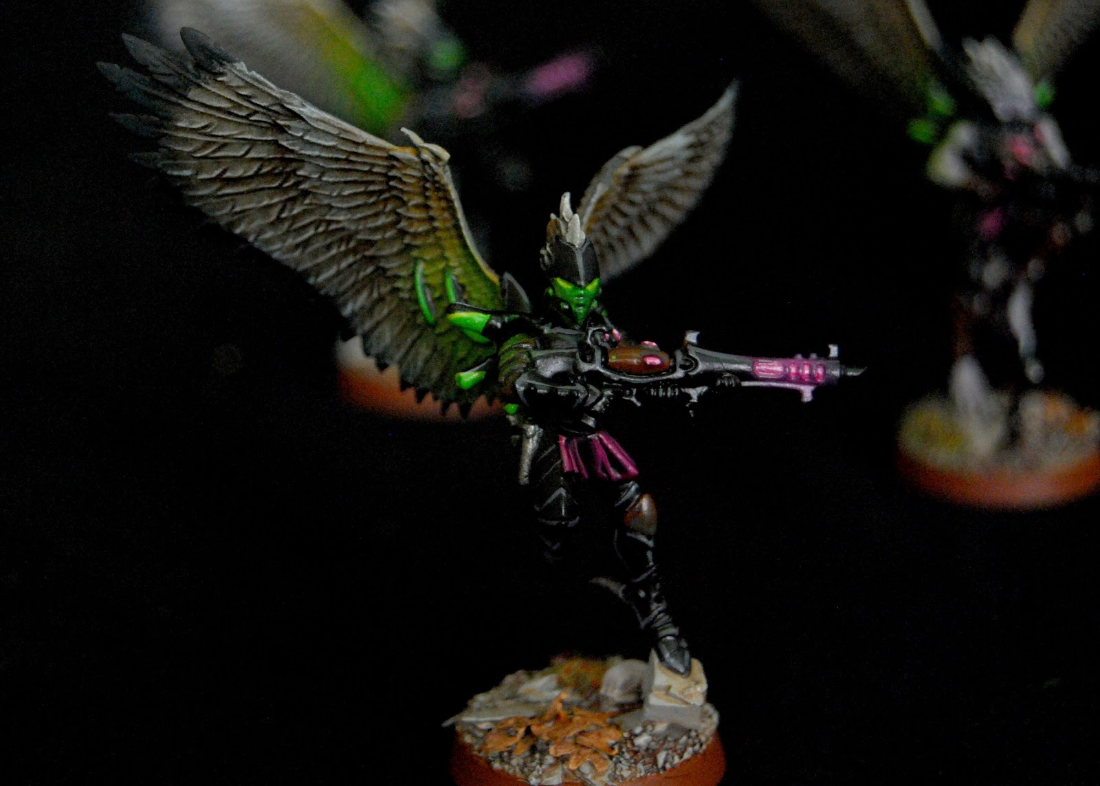 EOE's Dark Eldar Painting Tutorials  Birdwing_Scourges_12