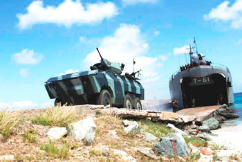 infanteria - Adquisiciones de las FF.AA. Venezolanas. EE-11_Urutu_-IM_Venezuela_AVN