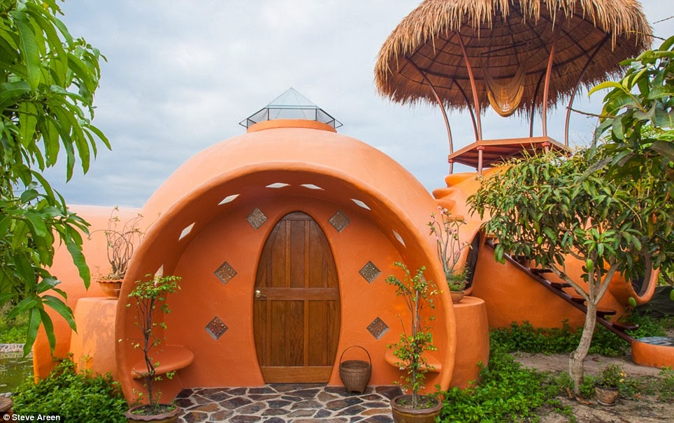 Une mini-maison de rêve en Thaïlande (photos + vidéo)  Dome1