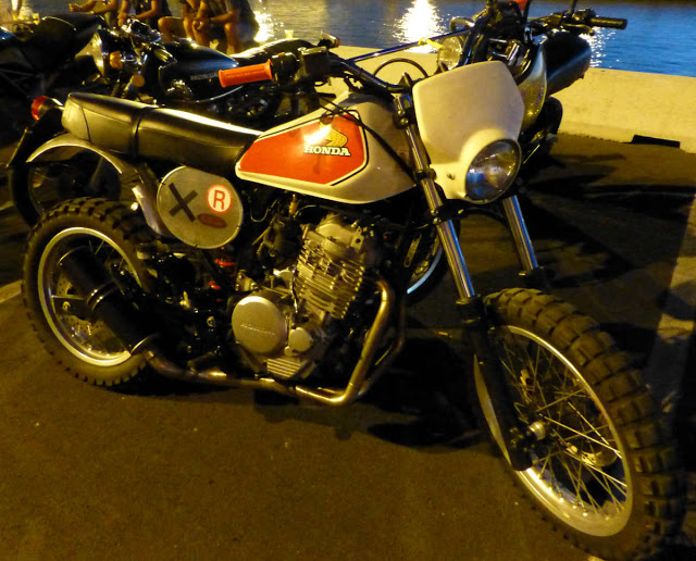 Brochette de Honda !!!!! P1040179