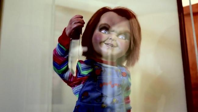 """FILM >> """"Curse of Chucky"""" (2013) Db_fotog_13366"""