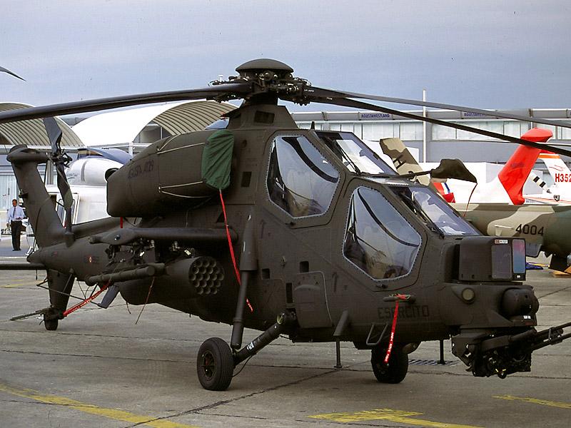 لمحة بسيطة عن تسليح الجيش التونسي في السنتين الأخيرتين A129%2BMangusta%2BAnti%2BTank%2BHelicopter