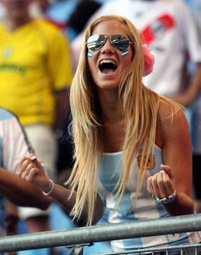 El topic del conflicto con Argentina - Página 2 Argentina-football-fan-girl-770736