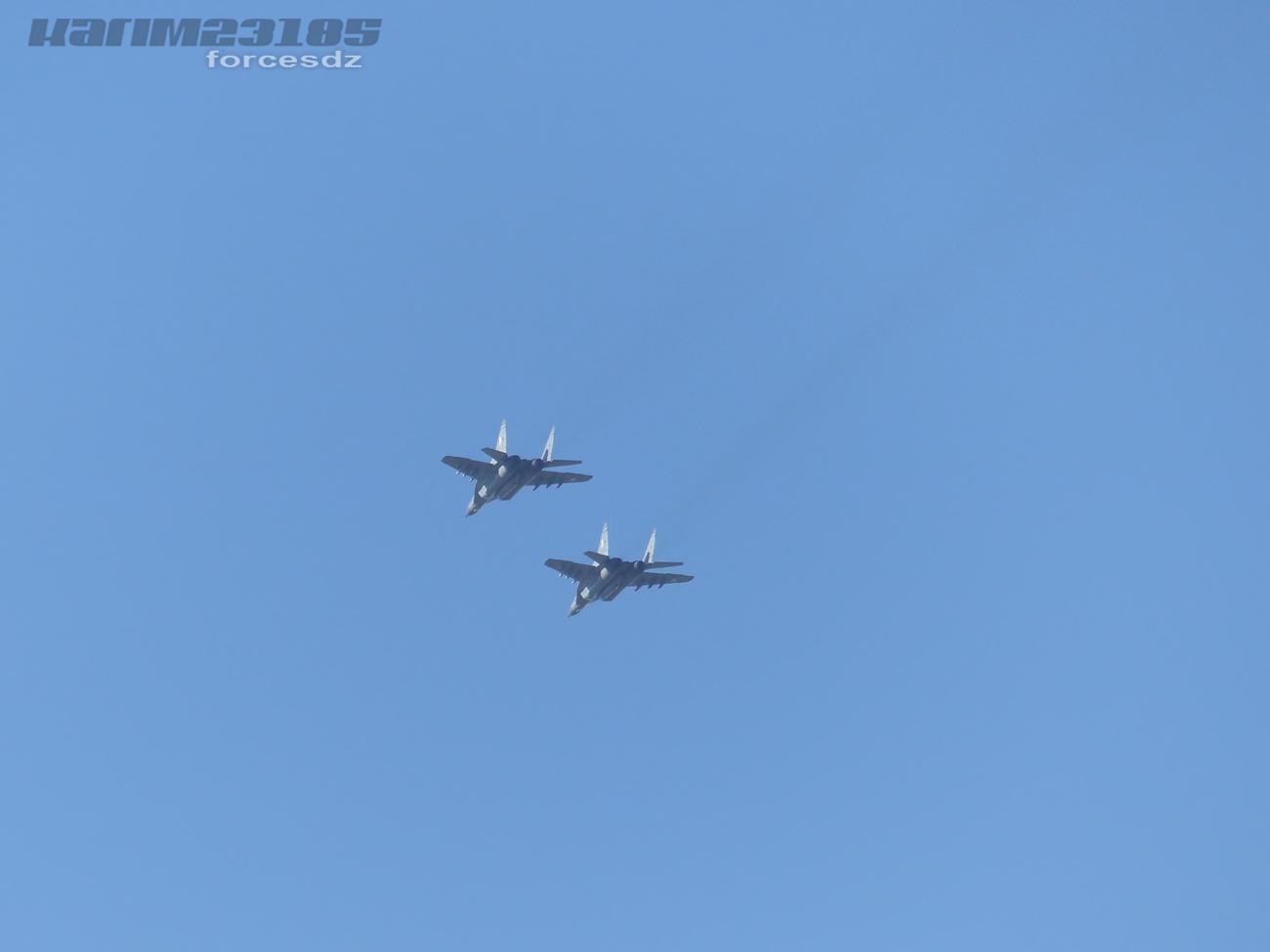 صور طائرات القوات الجوية الجزائرية  [ MIG-29S/UB / Fulcrum ] 6