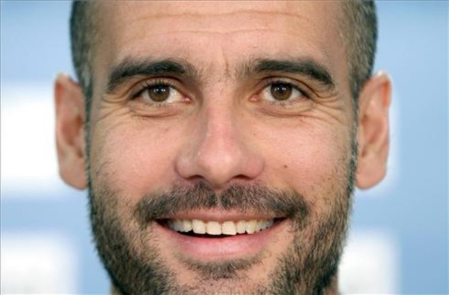 most punchable face : Ronaldo vs Muller - Page 2 1305031791572