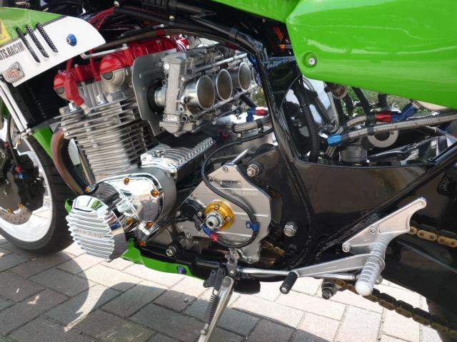 UP ! - Page 3 Kawasaki%2BZ1%2Bby%2BWorks%2BSports%2BRacing%2B03