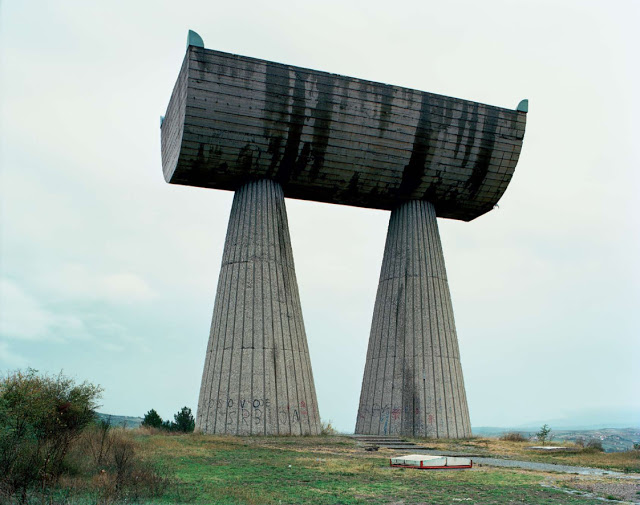 Construcciones abandonadas de la antigua URSS Spomenik_19