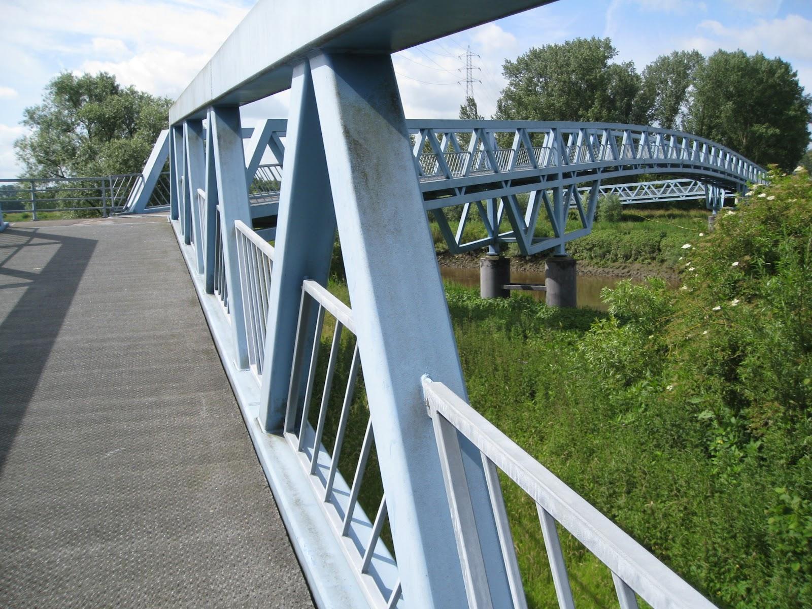 Canal Louvain-Dyle et Senne : construction des ponts cyclistes IMG_0435