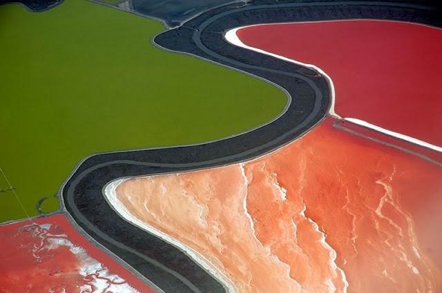 احواض الملح الملونة في خليج سان فرانسيسكو (بالتة الوان طبيعية)  4