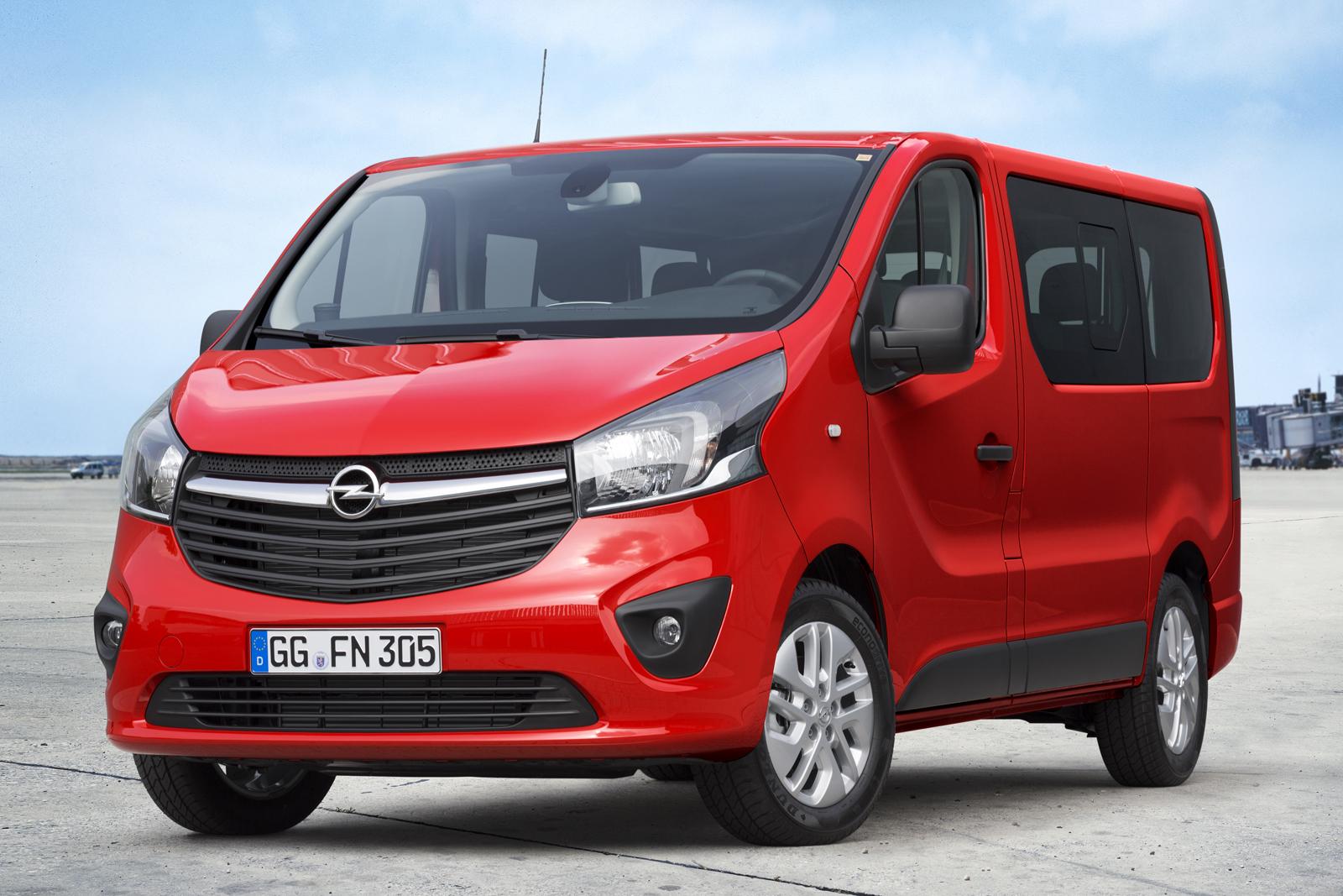 2014 [Renault/Opel/Fiat/Nissan] Trafic/Vivaro/Talento/NV300 - Page 10 Opel-Vivaro-Combi-1