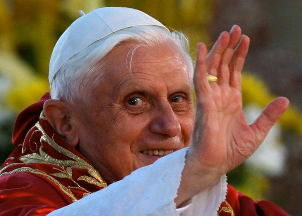 Benoît XVI est-il un raté ? B_xvi