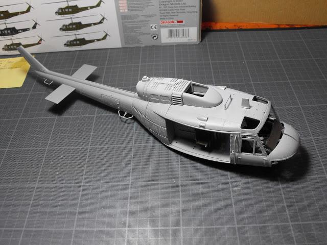 Huey UH-1 D 1/35ème. Terminé ! DSCF2456