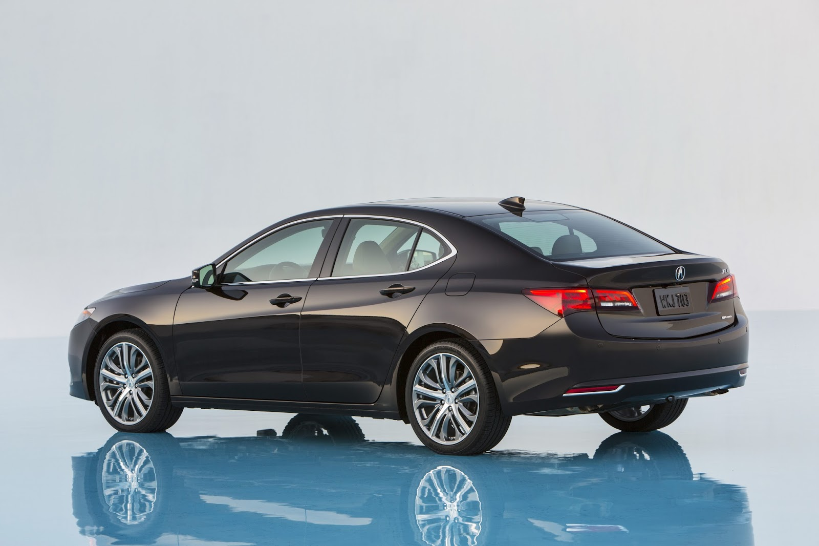 2014 - [Acura] TLX - Page 2 Acura-2015-TLX-11