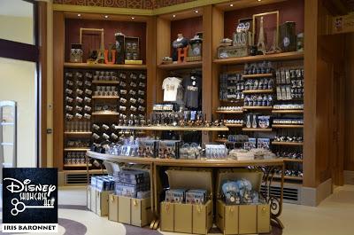 [Disney Village] Boutique World of Disney (12 juillet 2012) - Page 24 602504_4292088104344_940568621_n