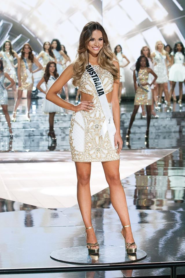★ MISS MANIA 2015 - Flora Coquerel of France !!! ★ - Page 2 10