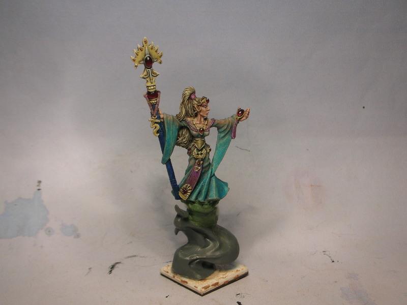 Maybe the beginning of a High Elf army SapheryMageHP1