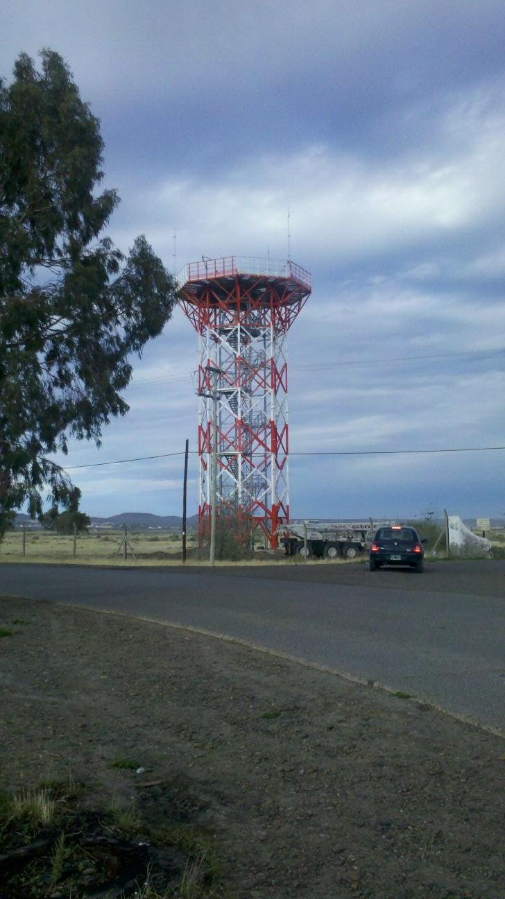 Argentina avanza en el plan de instalación de radares - Página 2 Desconocido(02)