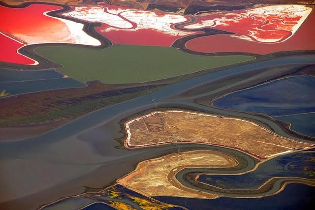 احواض الملح الملونة في خليج سان فرانسيسكو (بالتة الوان طبيعية)  7