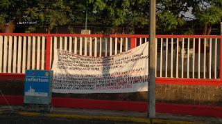 Los zetas dejan varias Narcomantas en Veracruz 20102011592