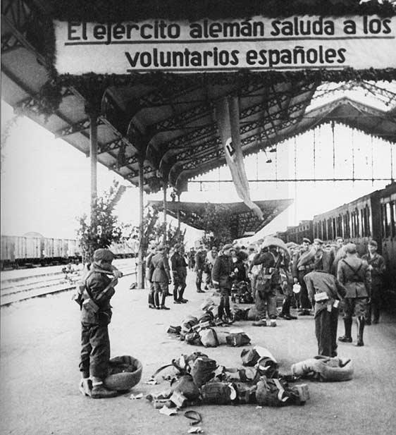 Segunda Guerra Mundial - Página 2 1229711254extrasalbumes